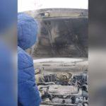 В Юрге загорелась припаркованная иномарка