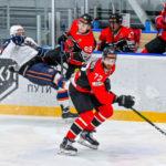 Хоккеисты «Металлурга» победили в первом домашнем матче 2021 года