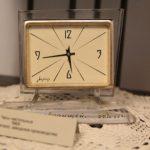 Выставка часов открылась в кемеровском музее-заповеднике «Красная Горка»