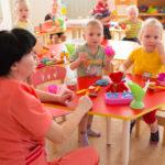 Кузбассовцы временно приютили 400 детдомовцев