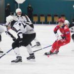 Хоккейный «Кузбасс» переиграл красноярский «Енисей», но только во втором тайме