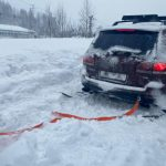 В Междуреченске автомобилист не смог выбраться из сугроба