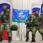 В кемеровском детдоме побывали спецназовцы