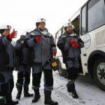 Губернатор Кузбасса спустился в шахту с помощником президента