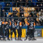 Хоккейный «Кузбасс» одержал крупную победу в преддверии плей-офф