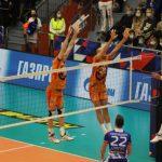 Волейбольный «Кузбасс» обыграл на своей площадке сургутский клуб «Газпром-Югра» 3:2