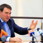 Мэр Новокузнецка поздравил женщин стихами