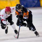 В Кемерове продолжается финальный турнир высшей лиги русского хоккея