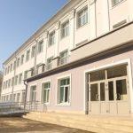 В Новокузнецке заканчивается ремонт старейшей школы