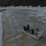 В Таштагольском районе ледовый затор ликвидировали с помощью аэробота