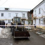 Жилой дом в Барнауле начал рушиться