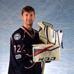 Вратарь клуба НХЛ из Новокузнецка был признан «звездой» матча