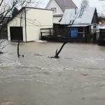 Наводнение в Мысках: река Игаза заливает город