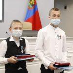 В Кузбассе два школьника стали героями