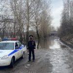 В Новокузнецке Кондома подтопила дорогу