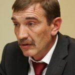 У Алтайского экс-чиновника забрали все дипломы