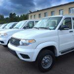 Кузбасские медики в малых городах и селах получают отечественные автомобили