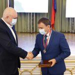 Губернатор Кузбасса наградил лучших предпринимателей региона