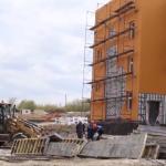 Илья Середюк рассказал о ходе строительства школы в «Кемерово-Сити»