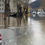 В Таштагольском районе уровень Кондомы превысил критическую отметку