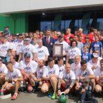 Массовая тренировка по поднятию гири: в Кемерове установлен рекорд России