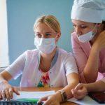 В Юргинской городской больнице врачам помогают студенты