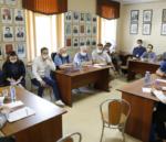 В Кемерове провели круглый стол «Особенности политической конкуренции в условиях избирательной кампании 2021 года: федеральный и региональный аспекты»