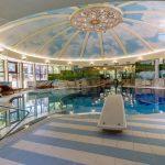 В Кузбассе продаётся усадьба с огромным бассейном за 50 миллионов