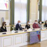 Сергей Цивилев отметил достижения кузбасских выпускников-стобалльников и призеров Всероссийской олимпиады школьников