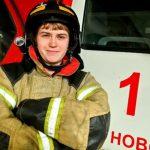 В Новокузнецке студентку, спасшую ребёнка из горящего сарая, пожарные пригласили в гости