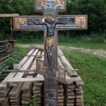 Как выбрать крест на могилу?