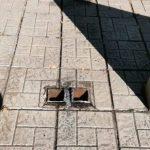 Новокузнецкие вандалы украли с памятника крест и сдали его в металлолом