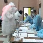 В Кузбассе на выборы пришла семья пушинок-переростков