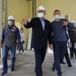 Сергей Цивилёв проверил ход ремонта Бурлаковской школы в Прокопьевском районе