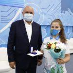 Сергей Цивилев наградил активистов волонтерского движения Кузбасса