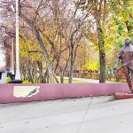 Памятник В.Д.Мартемьянову, первому абсолютному чемпиону мира по высшему пилотажу