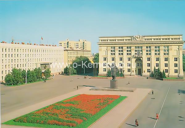 Площадь Советов, 80-е годы XX века