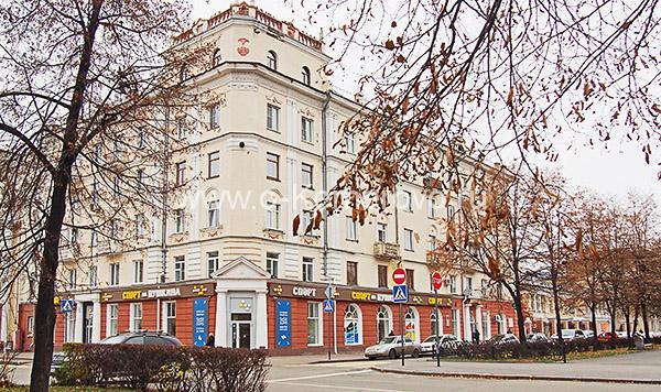 Площадь Пушкина, дом по ул.Орджоникидзе, 7