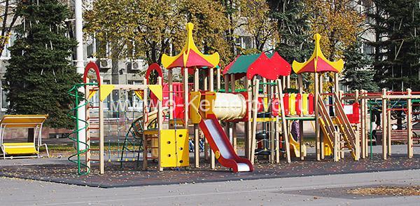 Площадь Советов, детские площадки
