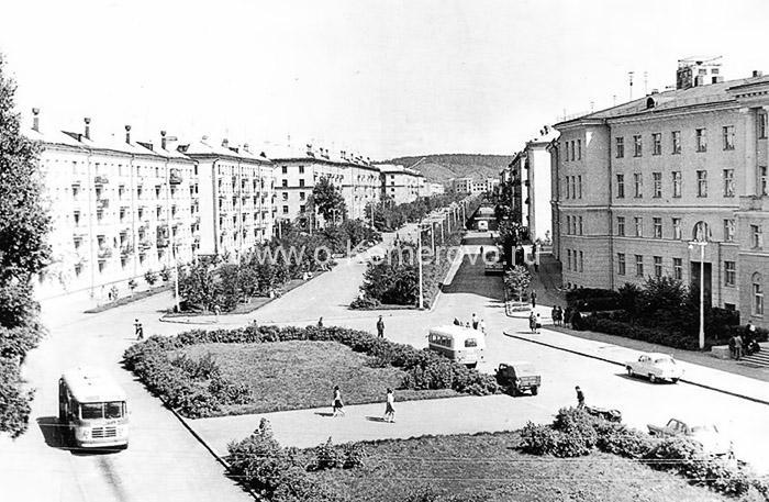 Площадь Волкова, 60-е годы