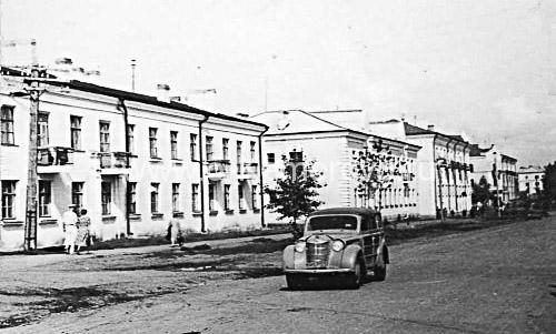 Проспект Ленина в районе улиц Чкалова, Черняховского в Кемерово