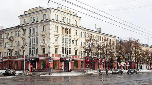 Проспект Советский, 34 на перекрестке с ул.Кирова