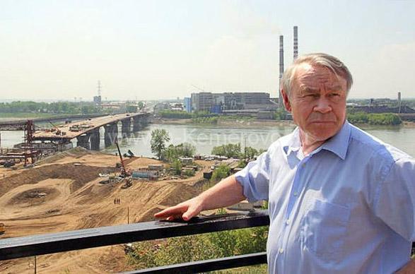 Владимир Васильевич Михайлов на строительстве нового моста через реку Томь