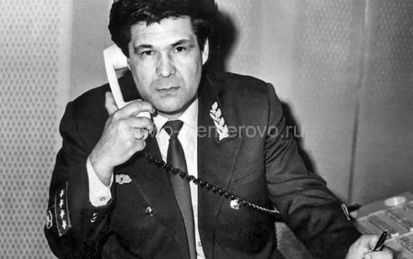 Тулеев в должности начальника Новокузнецкого отделения Кемеровской железной дороги