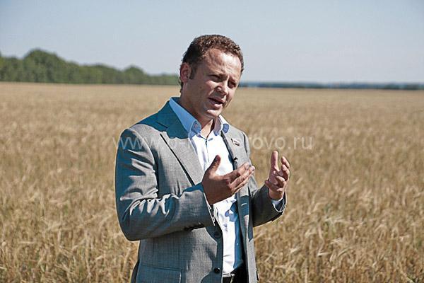 Федяев Павел Михайлович в поле